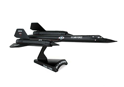Lockheed SR-71 Blackbird Spy Plane 1/200 Scale Diecast Metal Model (Sr 71 Plane Blackbird)