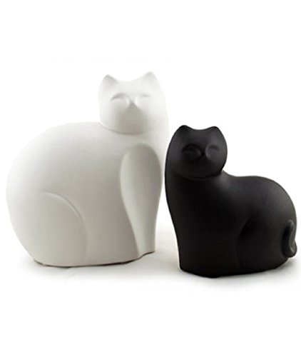 Black Ceramic Figurine (Ceramic Cat Statues Contemporary Contrast Black and White Set of 2)
