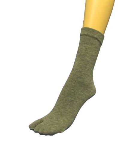 Couver Grey Quarter – Midcalf High Flip Flop, Split toe Socks for Man For Sale