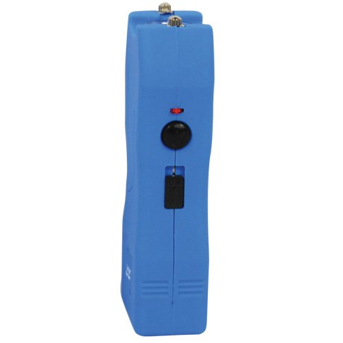 Blue-Runt-Mini-Stun-Gun-20-million-Volt-Stun-Flashlight-with-Rechargeable-Battery