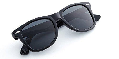 Retro Rewind Classic Polarized Sunglasses (Black | Smoke Polarized, 52)