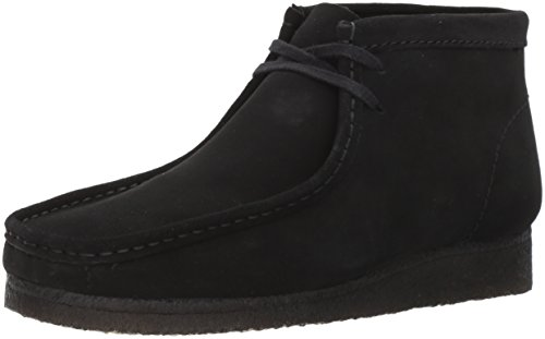 Clarks Mens Wallabee Chukka Boot In Camoscio Nero