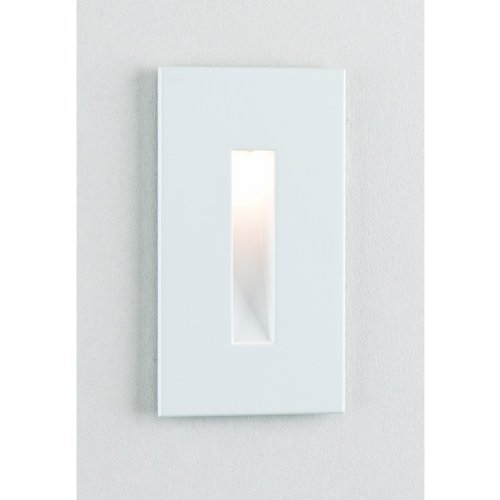 Border White 4 1/2'' High LED Step Light by CSL