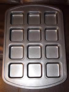 The Pampered Chef Brownie Pan (Pampered Chef Bread Pan compare prices)