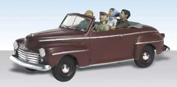 Sunday Drive 1940's Ford Convertible w/Figures N Scale Woodland by Woodland Scenics (1940 Convertible Ford)