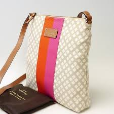Kate Spade Classic Spade Victoria Cross-body Bag in Chocolate