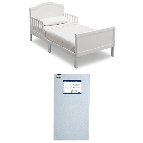 Delta Children Bennett Toddler Bed