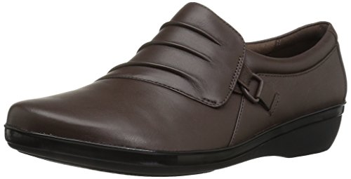 CLARKS Women's Everlay Heidi Slip-On Loafer, Dark Brown Leather, 8 M US Brown Leather Comfort Shoes
