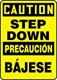 Accuform SBMSTF648XF Multilingual Construction CAUTION STEP DOWN (BILINGUAL SPANISH) 14'' x 10'' Dura-Fiberglass