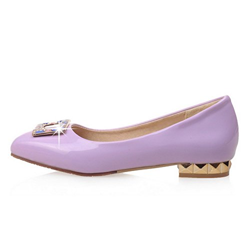 AllhqFashion Damen Ziehen auf Quadratisch Zehe Niedriger Absatz PU Pumps Schuhe Lila