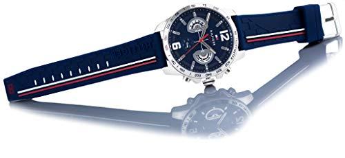 Amazon.com: Tommy Hilfiger Mens Decker Blue Dial Blue Rubber Strap 1791476: Watches