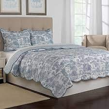 (Nostalgia Home Calais Reversible Quilt Twin in Blue)