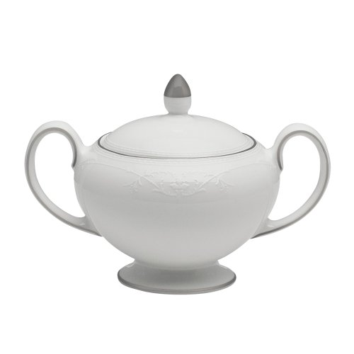 Wedgwood English Lace 12-Ounce Covered Sugar Bowl Fine China Covered Sugar Bowl