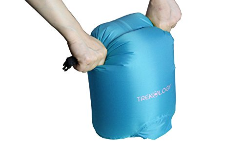 - Trekology Roll Top Compression Pump Bag/Splash Proof Dry Bag - 10L Lightweight Sack That Keeps Gears Dry for Camping, Kayaking, Hiking, Boating, Fishing, Sailing, Backpacking. Outdoor Beach.
