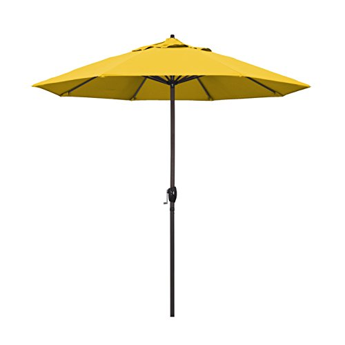 California Umbrella 9' Round Aluminum Market Umbrella, Crank Lift, Auto Tilt, Bronze Pole, Lemon Olefin ()