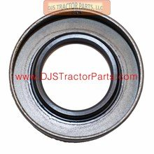 DJS Tractor Parts / Allis Chalmers WD, WD45 - PTO Output Shaft Gear Box Seal - 70224779