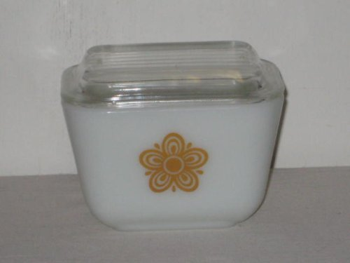 Pyrex Glass Butterfly Gold Refrigerator Bowl w/Lid - 1 1/2 cup 501 B