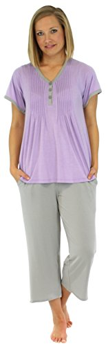 (PajamaMania Women's Sleepwear Stretchy Knit Short Sleeve V-Neck Top and Capri Pant Pajama Set, Solid Lilac (PMRN1930-2020-2X))