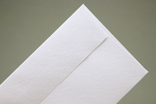 50 C5 Conqueror Contour (Hammer Finish) Brilliant White Envelopes (½ A4) - FREEPOST in the UK on orders over £20.