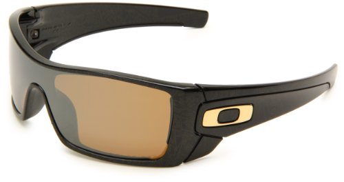 oakley batwolf polarised sunglasses  oakley men's polarized batwolf oo9101 03 black shield sunglasses: oakley: amazon.ca: clothing & accessories