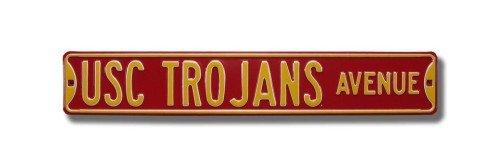 (USC Trojans Avenue Sign)