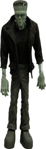 Mezco Toyz Universal Monsters 9
