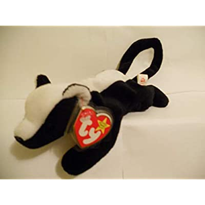 TY Beanie Baby - STINKY the Skunk: Toys & Games