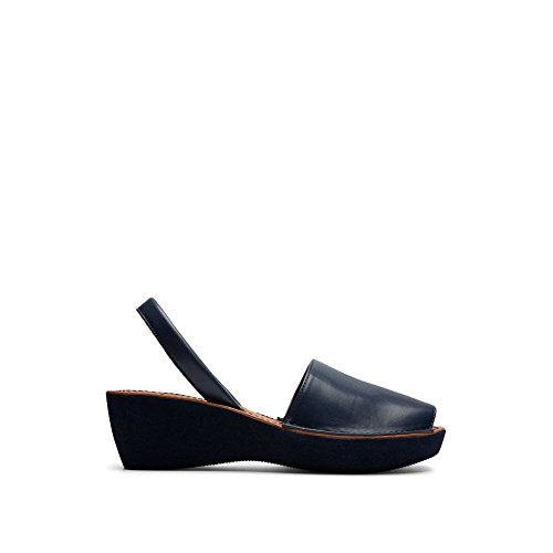 Platform Glass (Kenneth Cole REACTION Women's Fine Glass Platform Sandal, Navy, 6.5 M US)