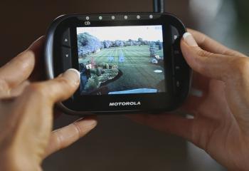Motorola Scout 2360 indoor and outdoor video pet monitor