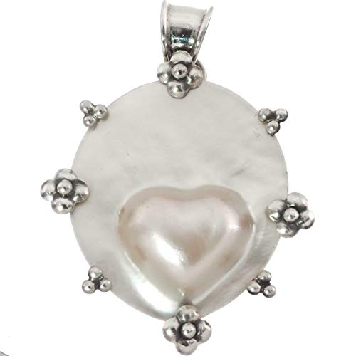 - 1 5/8'' Heart White Oyster MABE Pearl in Shell 925 Sterling Silver Pendant YE-65