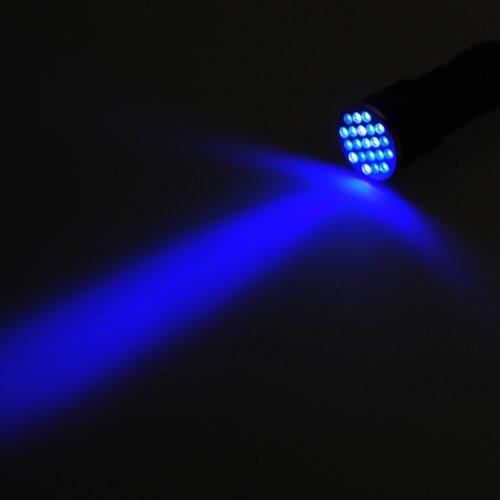 LEDwholesalers 395nm UV Ultra Violet 21-LED Blacklight Flashlight, 7305UV395
