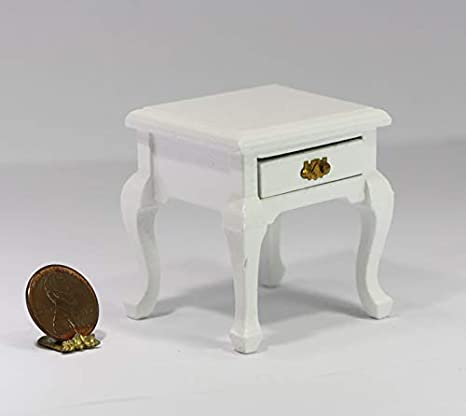 Dollhouse Miniature White Wire Nightstand in Half Scale