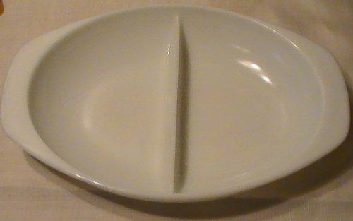 Vintage Pyrex Milk Glass Oval Divided Casserole Dish 1 1/2 Quart - #1063