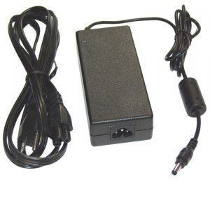 (Toshiba Universal Ac Adapter for T200 T3400Ct T3600Ct (Disc 1/24/00))