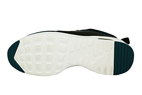 emerald Nike dark loden malt Kjcrd 301 Women's Shoe Thea Running Max Air radiant green sail qfHp4w