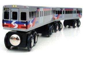 Amazoncom Dubblebla Septa Regional Rail Silverliner V 2 Car Set