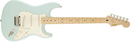 Squier By Fender 300500504 Deluxe Stratocaster Electric Guitar   Daphne Blue   Maple Fingerboard