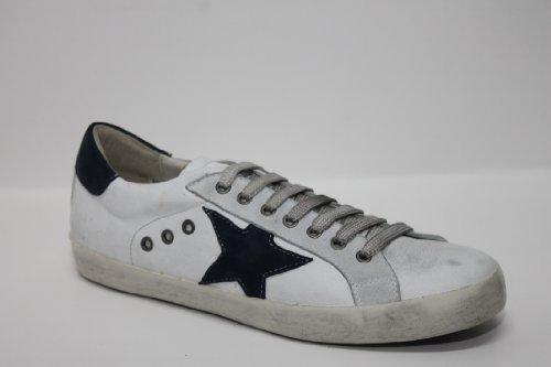 Sneaker capra bianca e camoscio blu