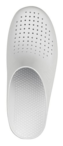 Autoclavable White Upper Ventilation Calzuro with Clog Fdx7Yq