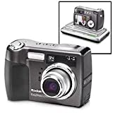Kodak 6.1 MP EasyShare Z760 Digital Camera & Series 3 Camera Dock For Sale