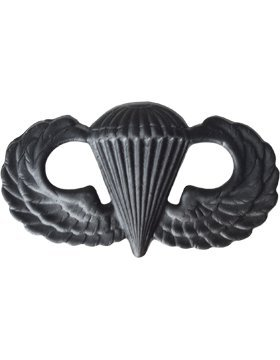 Black Metal Parachutist Badge