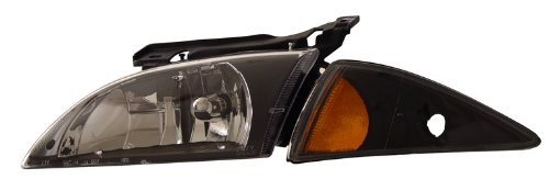 Chevy Cavalier Crystal Headlights (2000-2002 Chevy Cavalier Crystal Headlights Black Amber)
