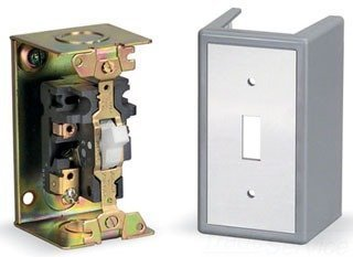 Square D 2510Fg1 FHP Manual Starter Switch Contactor Toggle Operator Nema 1 Enclosure by Schneider Electric Group (Enclosure Starter)