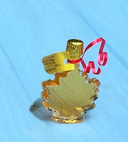 Maple Syrup Wedding Favor - 50 ml Maple Syrup in Glass