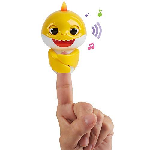 31JJvLt2Y L - WowWee Pinkfong Baby Shark Fingerlings - Baby Shark - Preschool Interactive Toy