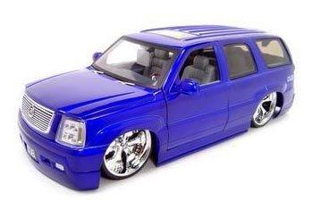 - Jada Toys Dub City Cadillac Escalade SUV 2002 1:18 Scale Diecast Model Car (Purple)