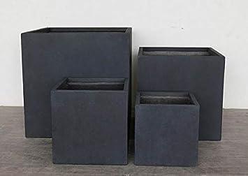 IDEALIST Square Box Contemporary Lightweight Concrete Matt Black Cube Planter Pot L25 W25 H25.5 cm