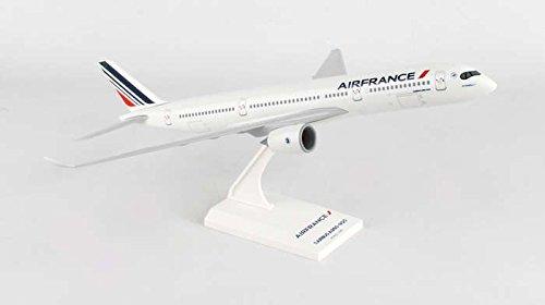 skr893-skymarks-air-france-a350-1200-model-airplane