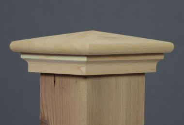 Colonial Post Cap 4x6 (3-1/2'' x 5-1/2'') Cedar