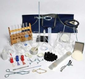 United Scientific Supplies HRDKIT4 Chemistry Hardware Assortment, Deluxe